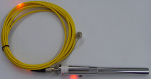 5-km-red-pen-mini-pen-light-through-an-optical-fiber-fault-detection-pen-test-detector[1]